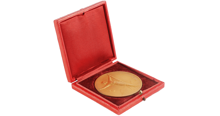1924-gold-winners-medal-obverse-box