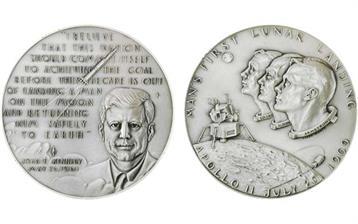 1970-maco-silver-apollo-11-meda