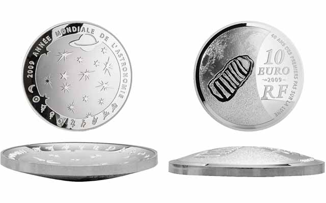 Space-themed world coins more popular than ever