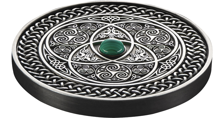 2016-fiji-celtic-mandala-silver-10-coin-side-view