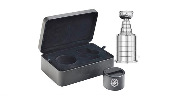 2017-canada-silver-50-dollar-stanley-cup-shape-coin-packaging