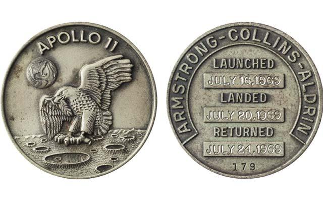 apollo-11-robins-medal-ha_merged