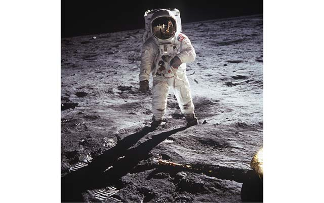 Famous shot of astronaut Buzz Aldrin on the moon, which is the inspiration for the proposed reverse design for the 2019 Apollo 11 commemorative coins.