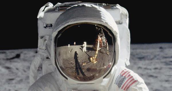 buzz-aldrin-on-the-moon-nasa-lead