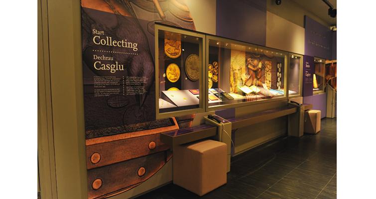 collecting-exhibit