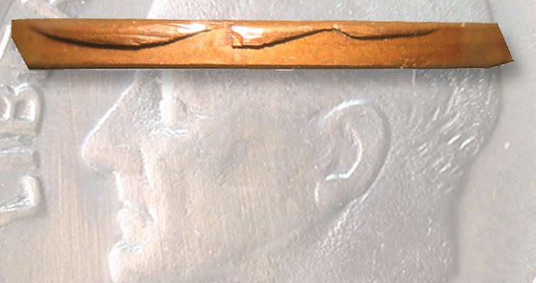 ds-1982-1c-collar-chips-edge-lead