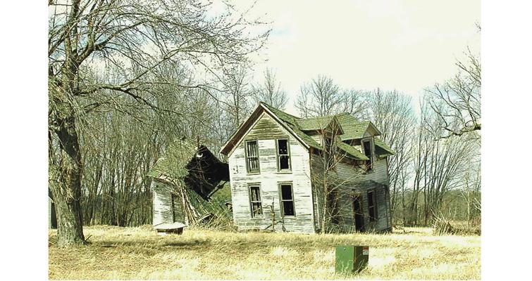 dunn-county-old-farm-wikicommons