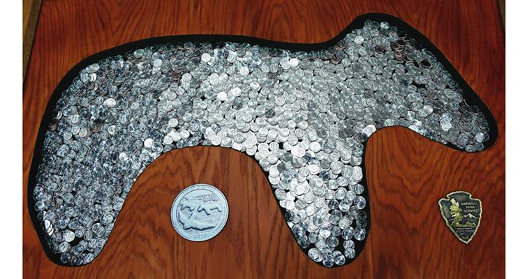 effigy-mounds-quarter-holder
