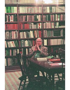 eric_in_library