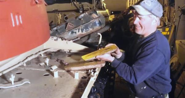 gold-bars-tank-new
