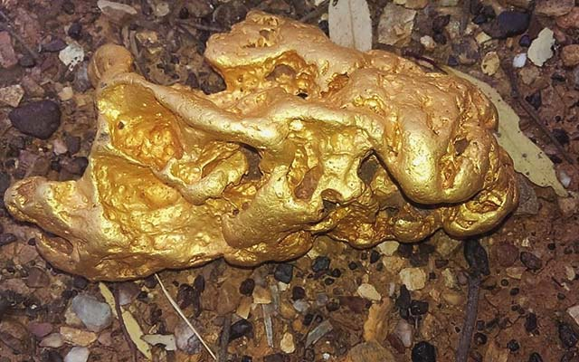 Australian gold prospector unearths 87-ounce nugget worth more than $100,000 in U.S. dollars
