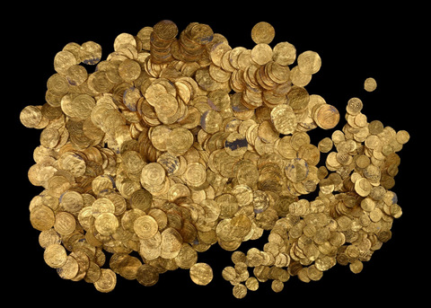 Israel's largest-ever gold hoard discovery reported at ancient harbor
