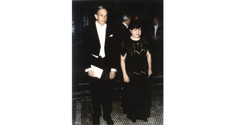 john-nash-with-wife
