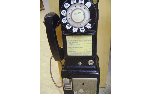 old_time_dime_payphone