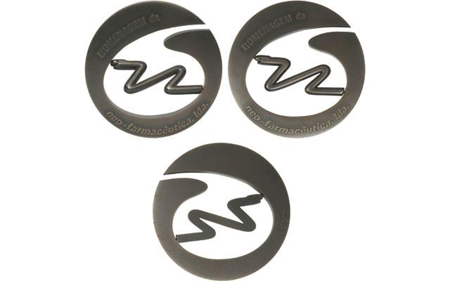 portugal-spinning-snake-medal-centered-swiveled
