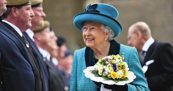 queen-meeting-veterens