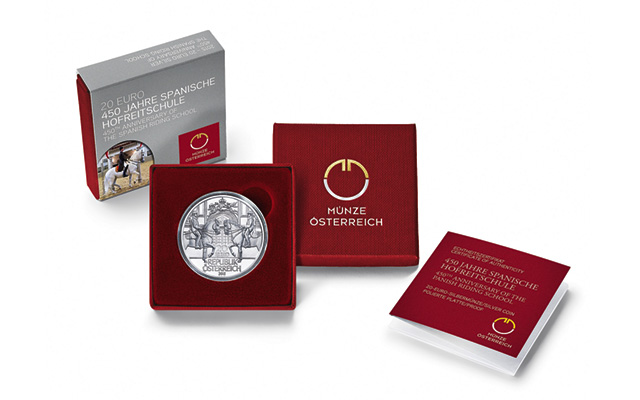 riding-school-coin-and-packaging