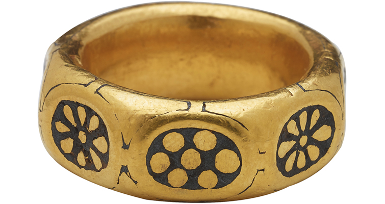 Ring-2-_Source-British-Museum