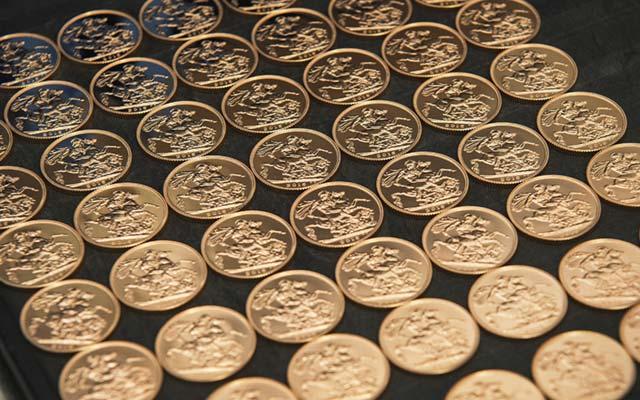 the-royal-mint-gold-sovereign-bullion-coins