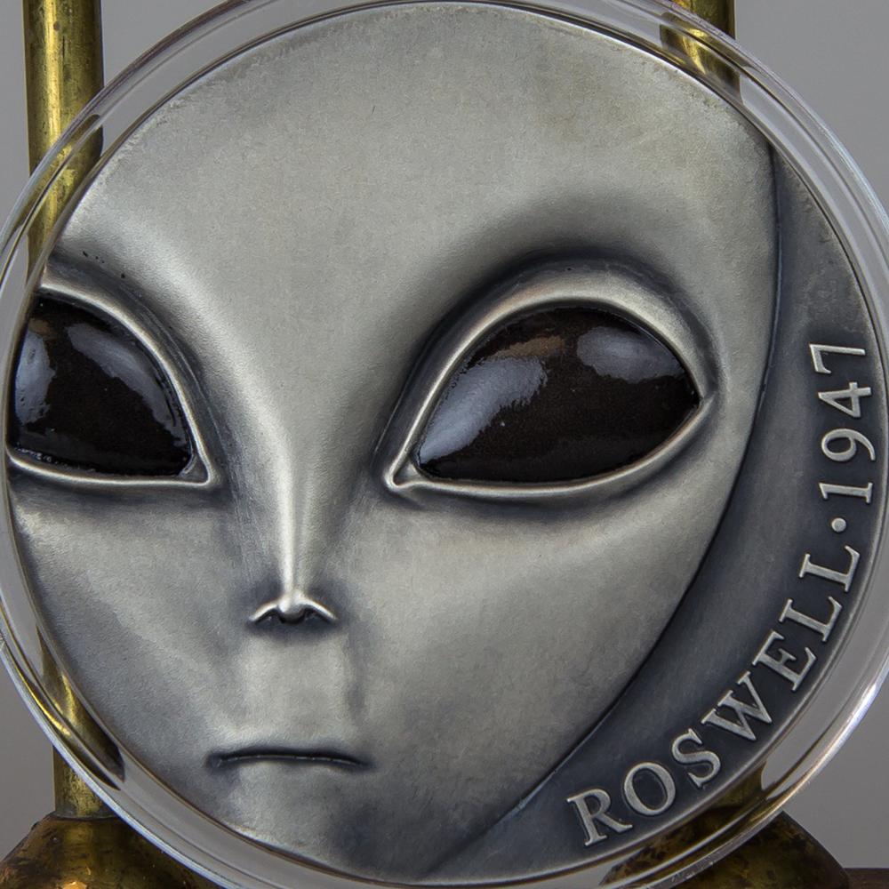 twc_3oz_reverse_alien_cameroon